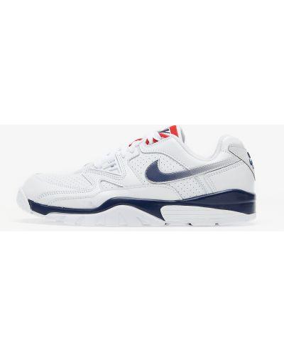 Белый крест Nike