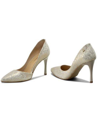 Туфли на каблуке - бежевые Maccioni