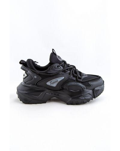 Черные кроссовки осенние Baas