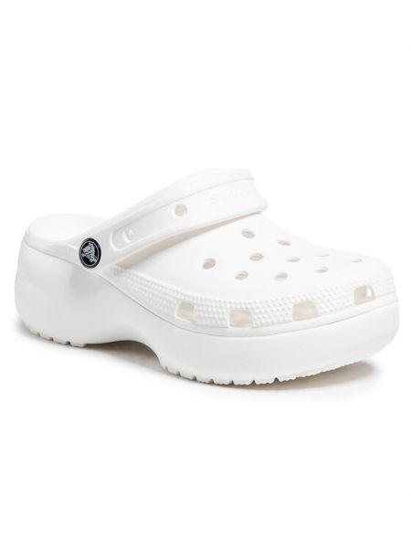 Klasyczne białe crocsy na platformie Crocs