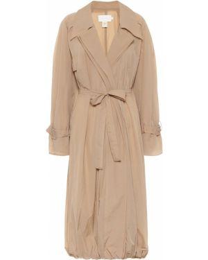 Бежевое пальто классическое Low Classic