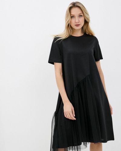 Прямое черное платье А-силуэта снежная королева