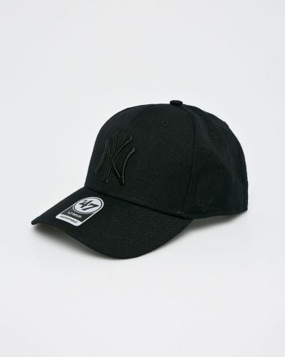 Шапка черная с вышивкой 47brand