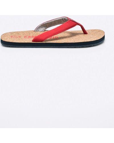 Красные сандалии Camp David