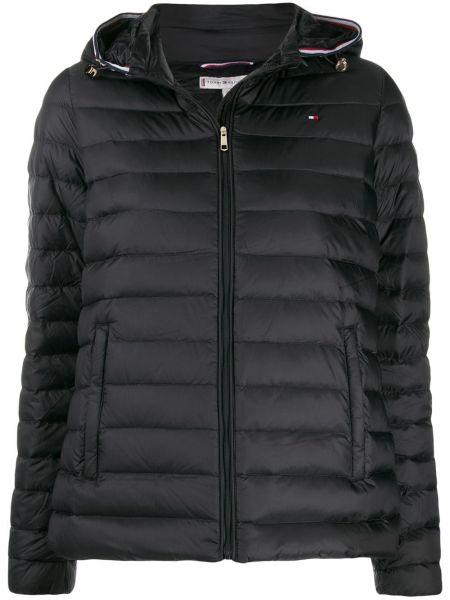 Куртка с капюшоном черная с вышивкой Tommy Hilfiger