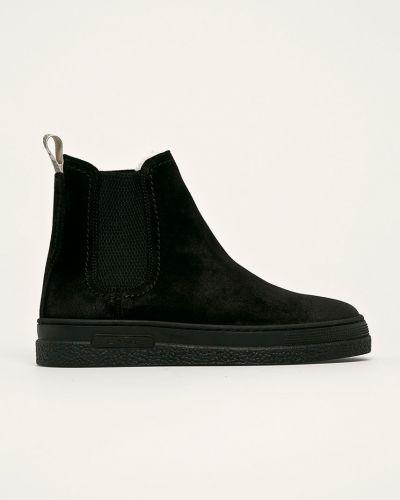 Ботинки на каблуке замшевые черные Gant