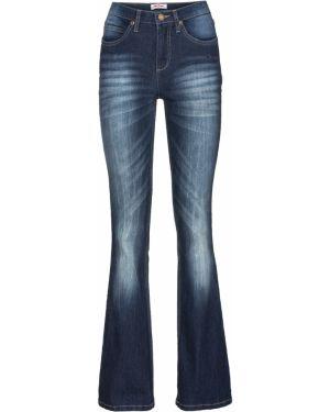 Расклешенные джинсы стрейч с эффектом потертости Bonprix