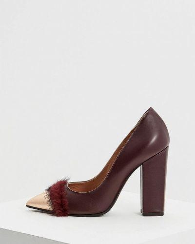 Кожаные туфли с мехом осенние для офиса Pollini