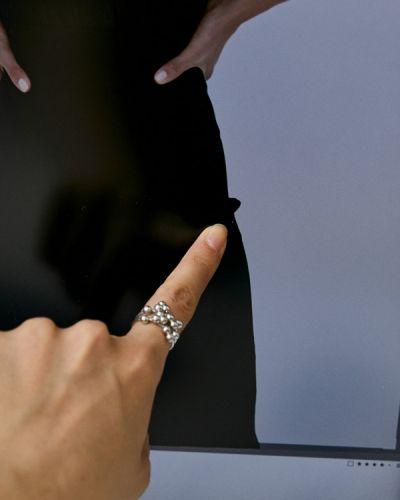 Черная блузка с оборками Imperial