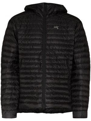 Czarna klasyczna kurtka Arcteryx