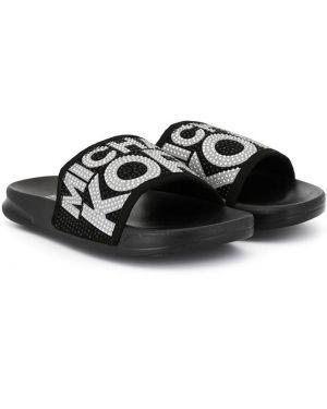 Открытые черные шлепанцы с открытым носком на плоской подошве Michael Kors Kids