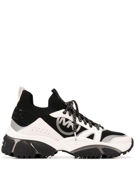 Черные кожаные кроссовки на каблуке Michael Kors