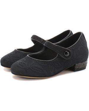 С ремешком кожаные черные туфли на каблуке Dolce & Gabbana