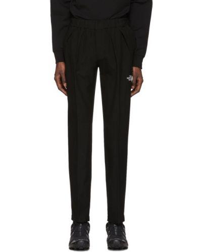 Spodnie na gumce z kieszeniami z fałdami The North Face Black Series