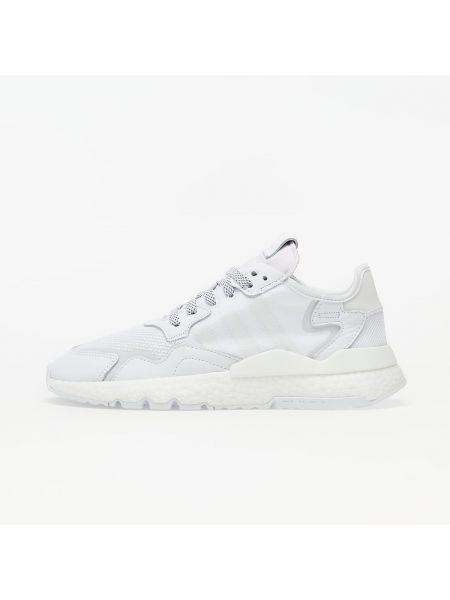 Białe joggery Adidas Originals