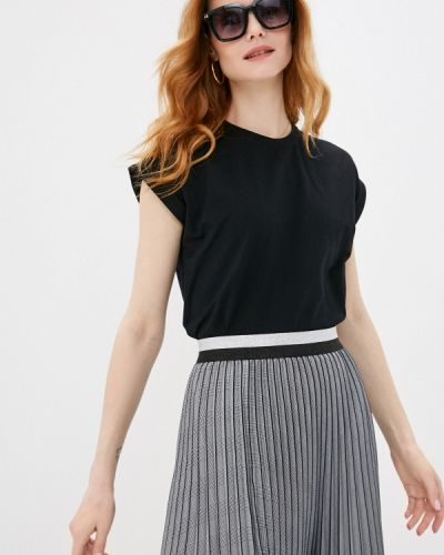 Черная футболка с короткими рукавами синар