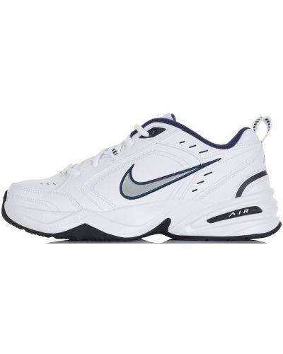 Кроссовки на шнуровке белый Nike