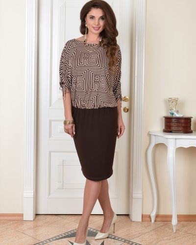 Прямое с рукавами трикотажное платье Salvi-s