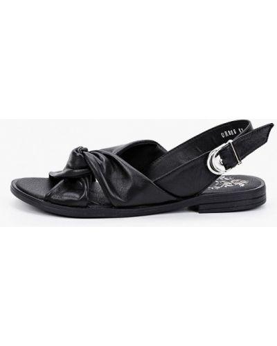 Черные кожаные сандалии Der Spur