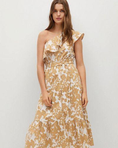 Бежевое платье с открытыми плечами Mango