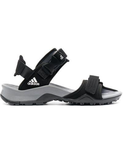 Открытые черные сандалии с открытым носком Adidas