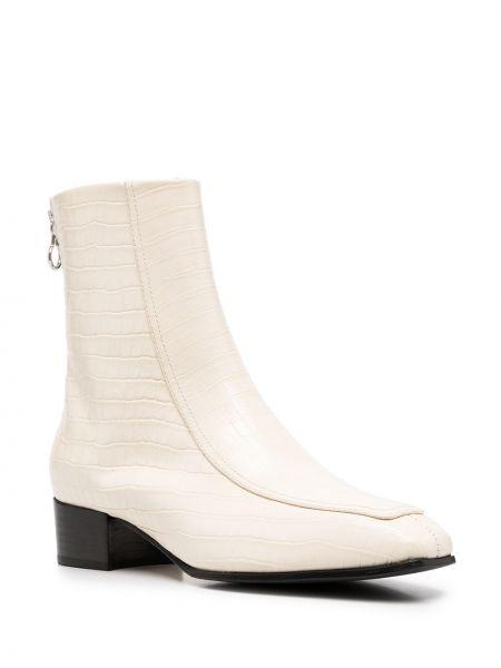 Белые сапоги на шпильке на каблуке из натуральной кожи Aeydē