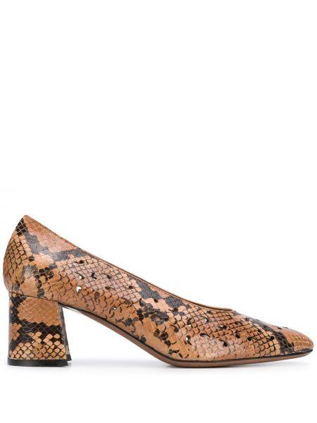 Коричневые туфли-лодочки на каблуке с острым носом L'autre Chose