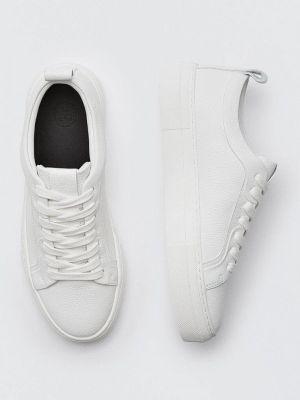 Белые кеды осенние Massimo Dutti