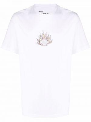 Белая футболка с принтом Maharishi