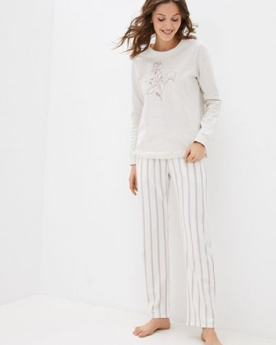 Пижама - белая Triumph