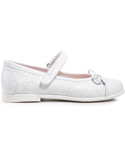 Кожаные туфли - белые Pablosky