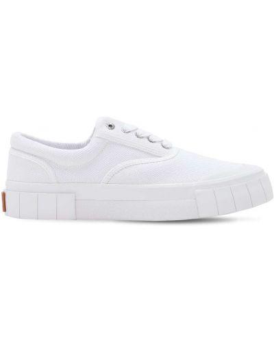 Кружевные белые кроссовки на шнурках Good News
