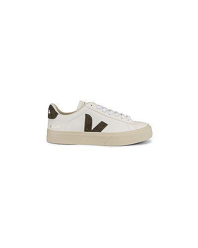 Замшевые белые кожаные кроссовки на шнуровке с подкладкой Veja