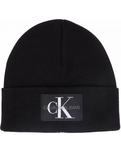 Шапка бини в рубчик - черная Calvin Klein