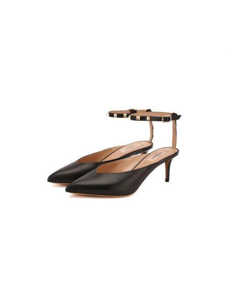Кожаные туфли черные Valentino