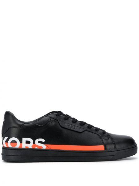 Czarne sneakersy skorzane sznurowane Michael Michael Kors
