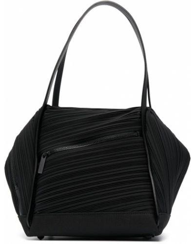 Czarna torba na ramię skórzana Pleats Please Issey Miyake