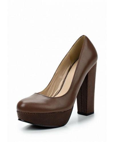 Коричневые туфли для офиса Apart