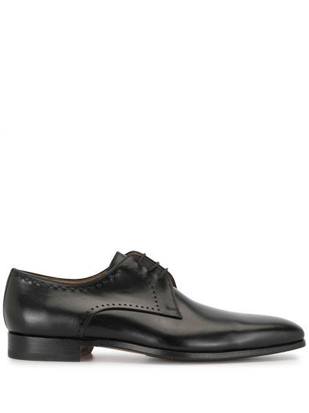 Кожаные черные туфли с перфорацией на каблуке на шнуровке Magnanni