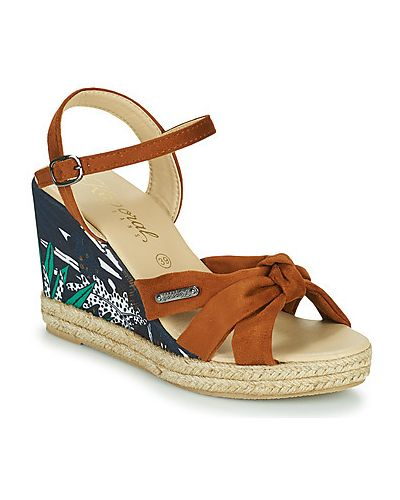 Brązowe sandały Kaporal