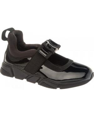 Школьные туфли Keddo