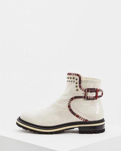 Кожаные ботинки осенние на каблуке Fabi