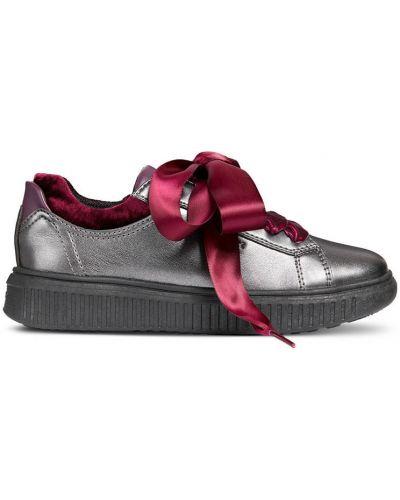 Кроссовки на шнуровке текстильные Geox