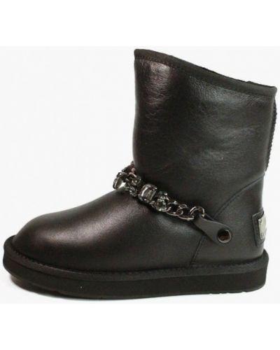 Черные кожаные угги It-girl