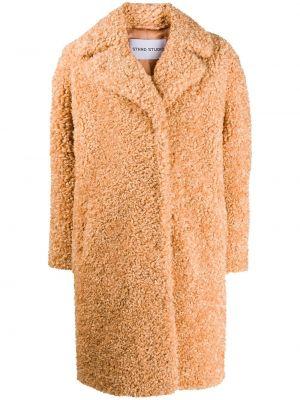 С рукавами коричневое однобортное длинное пальто из верблюжьей шерсти Stand