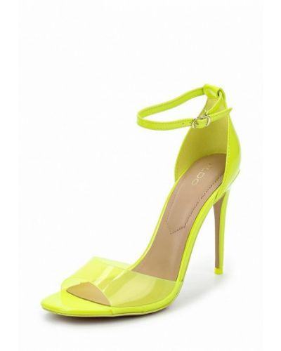 Желтые босоножки на каблуке Aldo