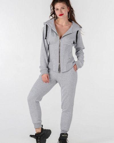 Костюмный серый спортивный костюм O&j