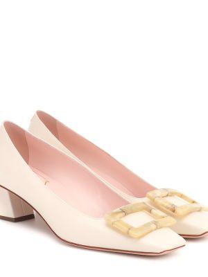 Классические белые туфли-лодочки из натуральной кожи Roger Vivier