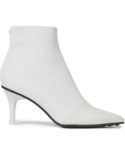 Białe ankle boots zamszowe w szpic Rag & Bone