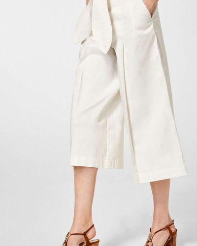 Белые брюки Pedro Del Hierro
